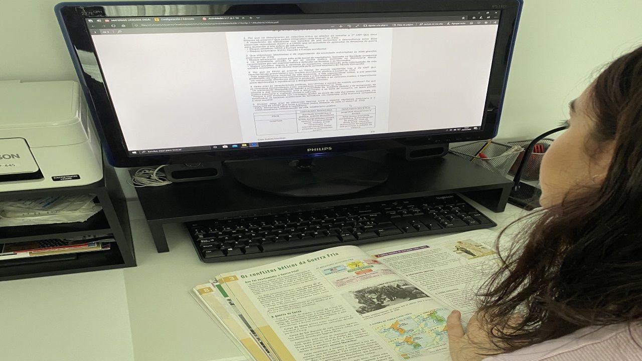 El mundo, entre la desinfección yla nueva cotidianidad.Elisa estudia 4º de la ESO en el I.E.S Plurilingüe Elviña