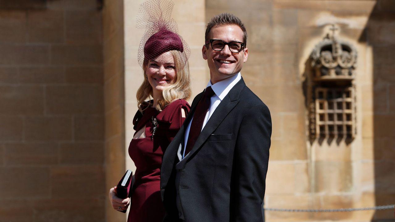 El actor Gabriel Macht, que también conoció a Meghan en la serie «Suits», junto a su mujer Jacinta Barrett