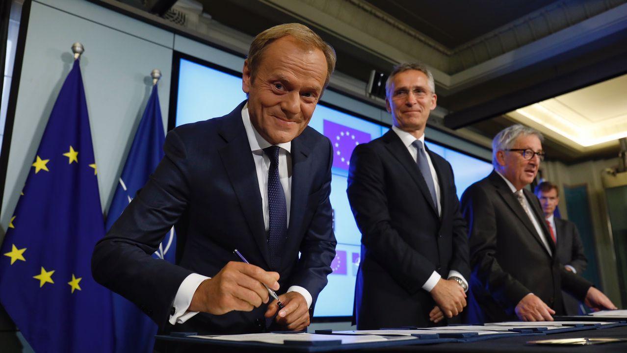 Turbulento aniversario del 1-O.Tusk, Stoltenberg y Juncker, este martes, antes de la firma del comunicado conjunto