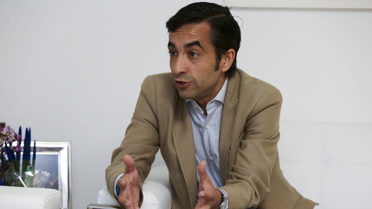 Sánchez acusa a Iglesias de romper unilateralmente las negociaciones con su consulta a las bases