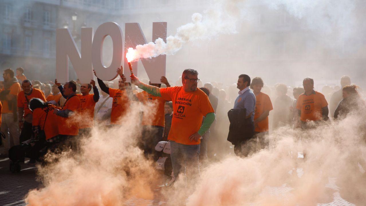 Herencia en vida, ¿en qué nos beneficia?.Manifestación de trabajadores de Alcoa en la plaza de María Pita, en A Coruña
