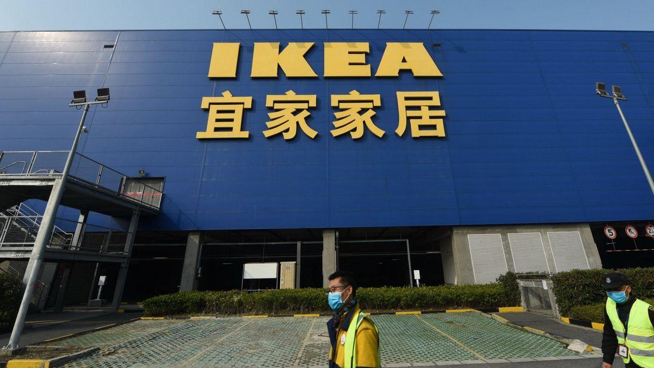 Ikea cerrará sus 30 tiendas y envía a casa a 14.000 trabajadores manteniéndoles el sueldo.
