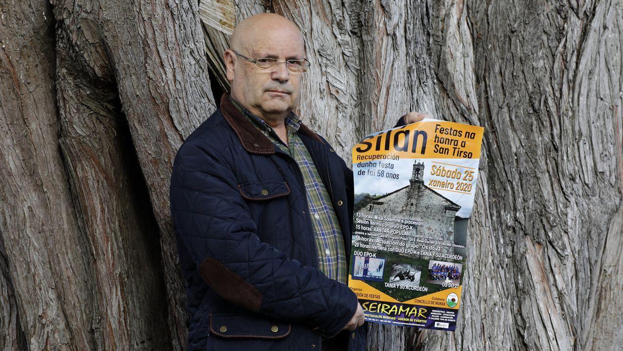 Álbum con fotos de los 300 comensales en la romería de Silán, recuperada después de 56 años