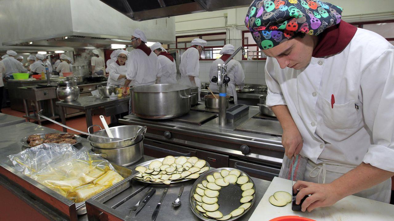 Foto de archivo del IES de Foz, un referente en estudios de cocina y restauración