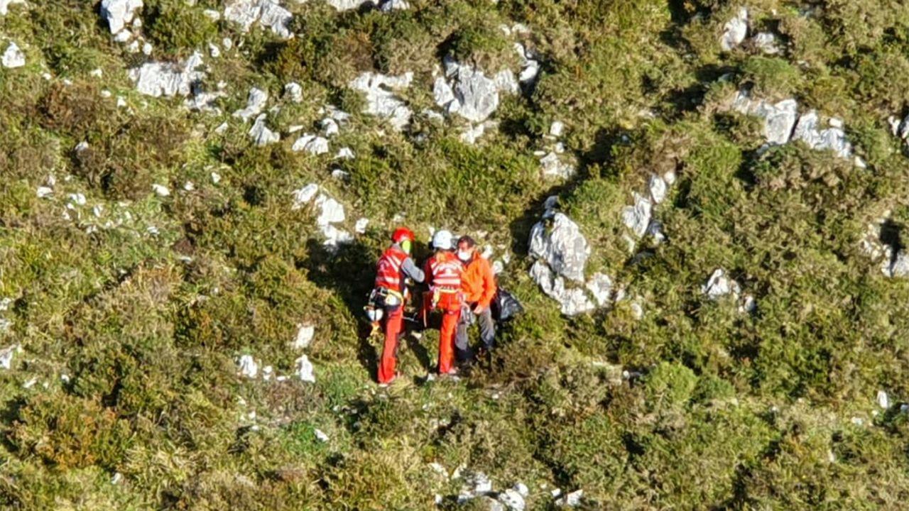 Rescatado un herido en el pico La Mostayal, en Morcín