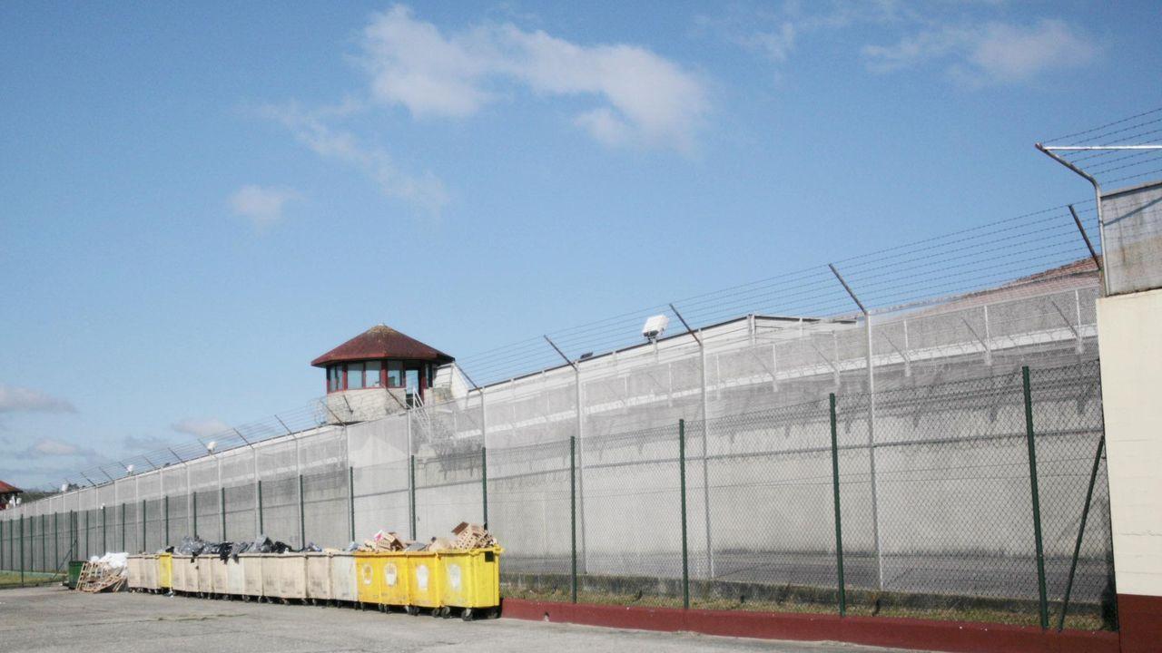 La empresa de A Ulloa que procesa 7 millones de kilos de castaña.Exterior de la prisión de Monterroso