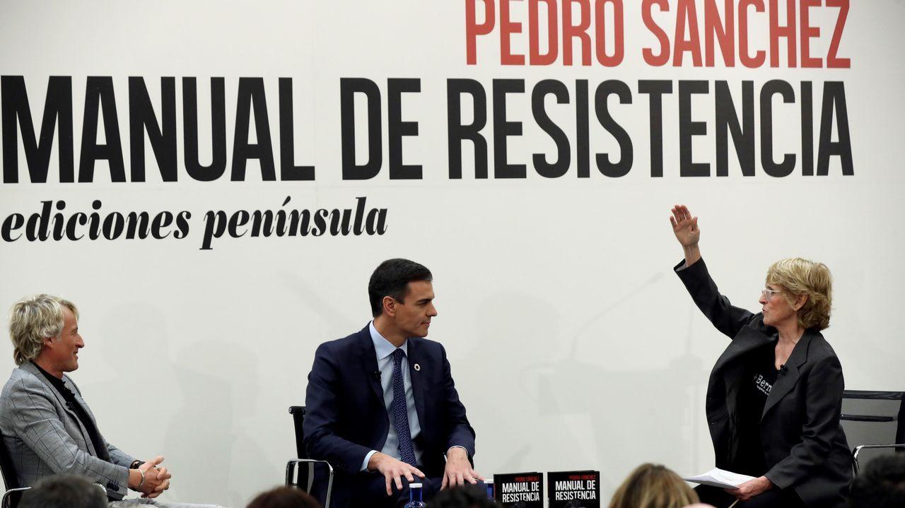 José Sámano, Inés Camiña y José Sacristán, en la presentación de «Señora de rojo sobre fondo gris»