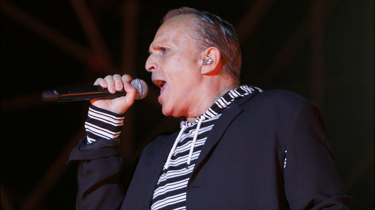 Miguel Bose, durante un concierto en Galicia este verano