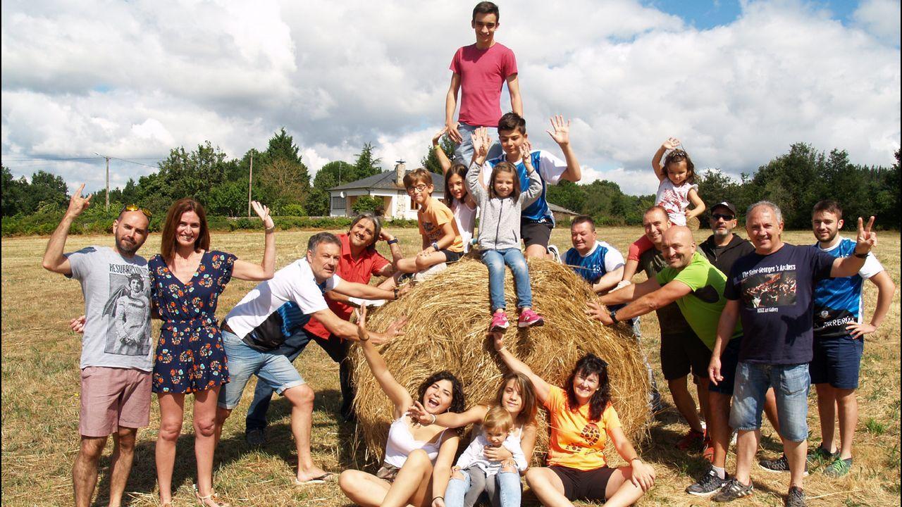 Salida de Victor Loira por el Reto de la vuelta a Galicia en patinete y bici para visibilizar las enfermedades inflamatorias intestinales