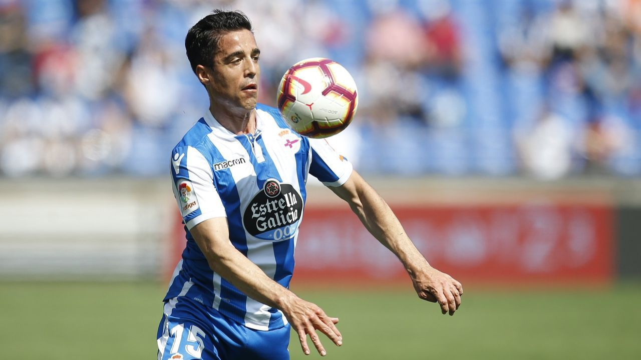 Diegui Johannesson Nahuel Real Oviedo Barcelona B Carlos Tartiere.Marc Muniesa, jugador del Stoke City en la Premier League