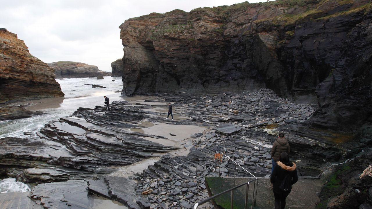 As Catedrais, insólita playa sin arena