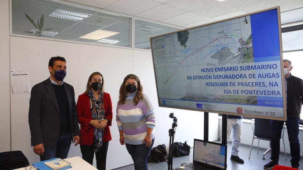 El delegado territorial de la Xunta en Pontevedra, la conselleira de Infraestruturas y la patrona mayor de Lourizán