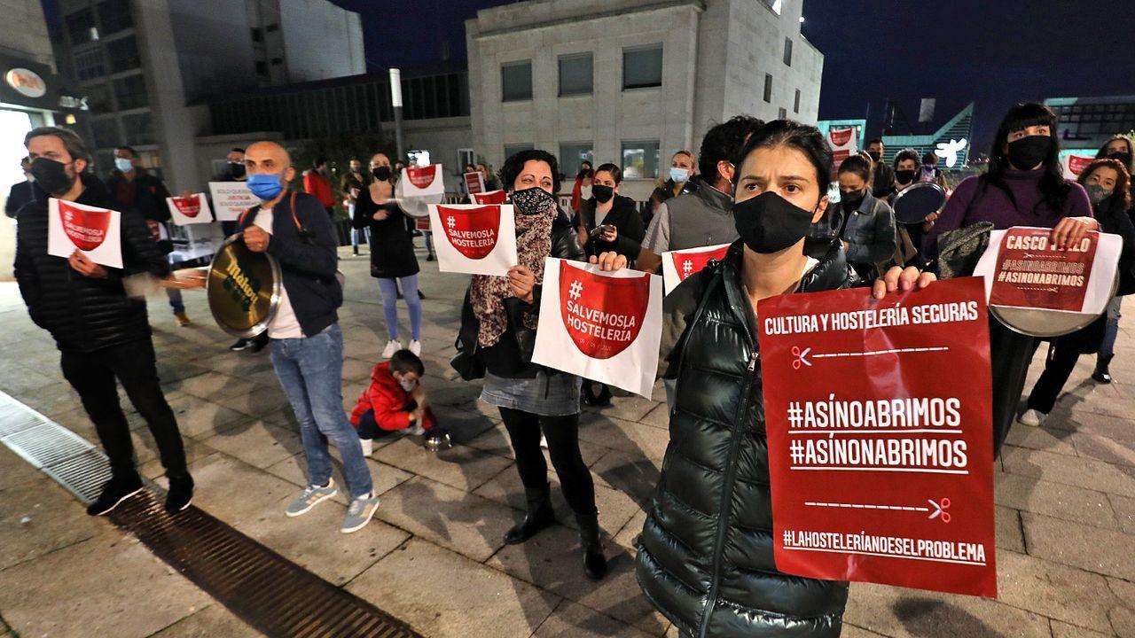 Los hosteleros, en protesta por el cierre por la pandemia