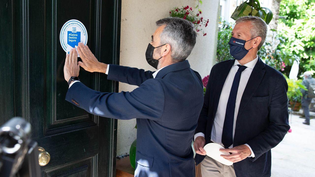 Un sello garantizará a los viajeros que duerman en algún alojamiento turístico gallego que están cubiertos por el seguro conoravirus