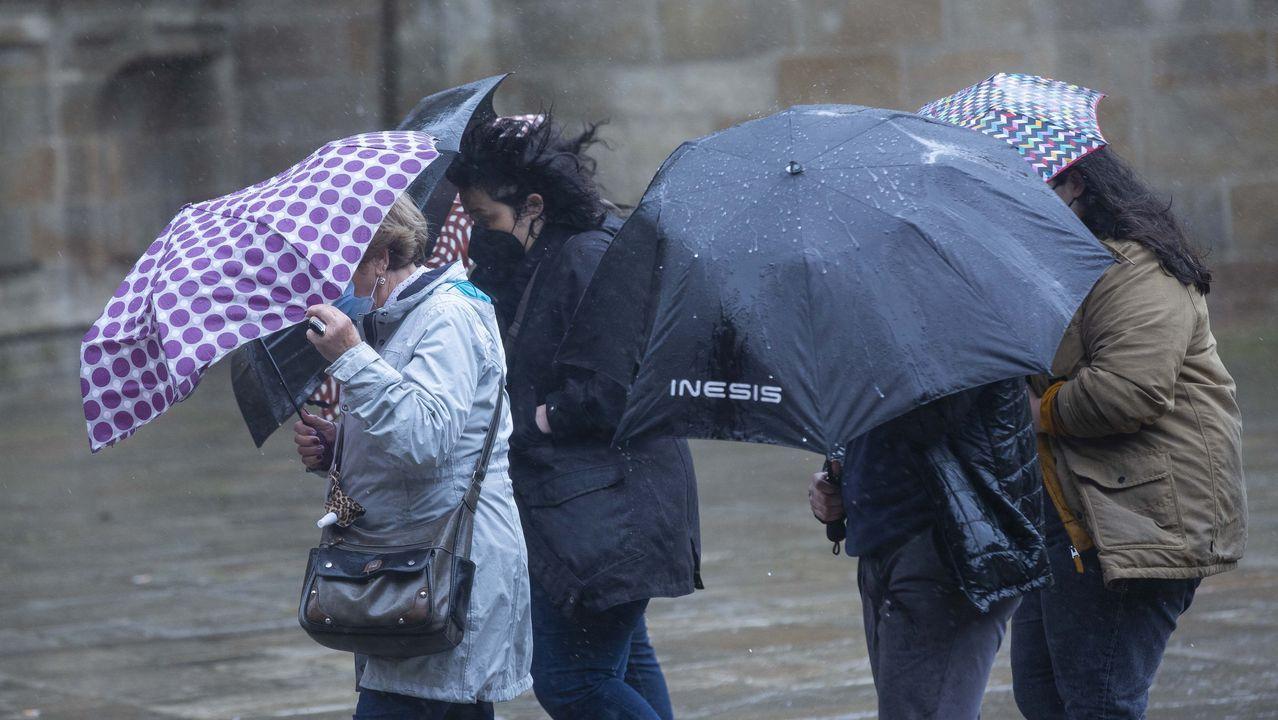 Los turistas llegan a Galicia con la borrasca
