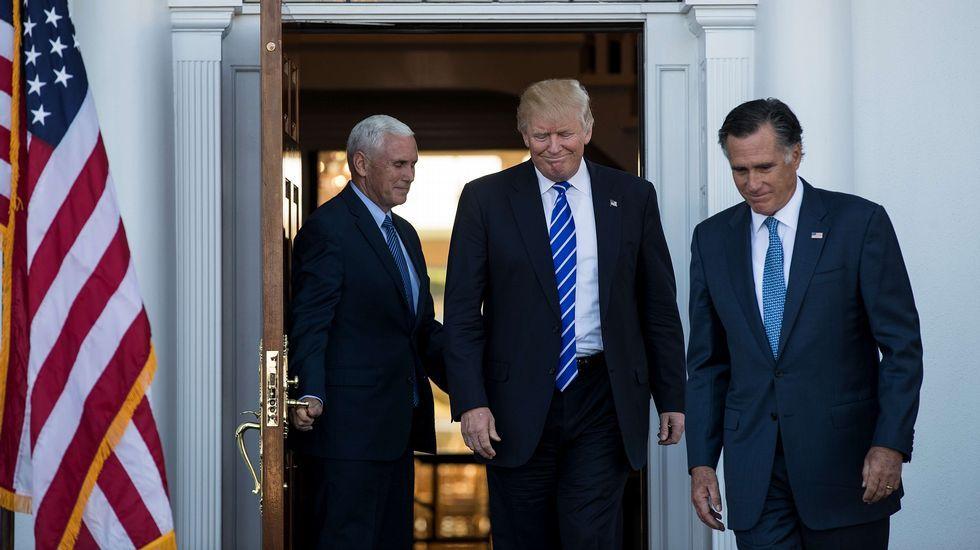 Los demócratas recuperan el Congreso ocho años después y los republicanos mantienen el Senado.Trump viajó a su mansión de Palm Beach, Florida, para pasar el día de Acción de Gracias