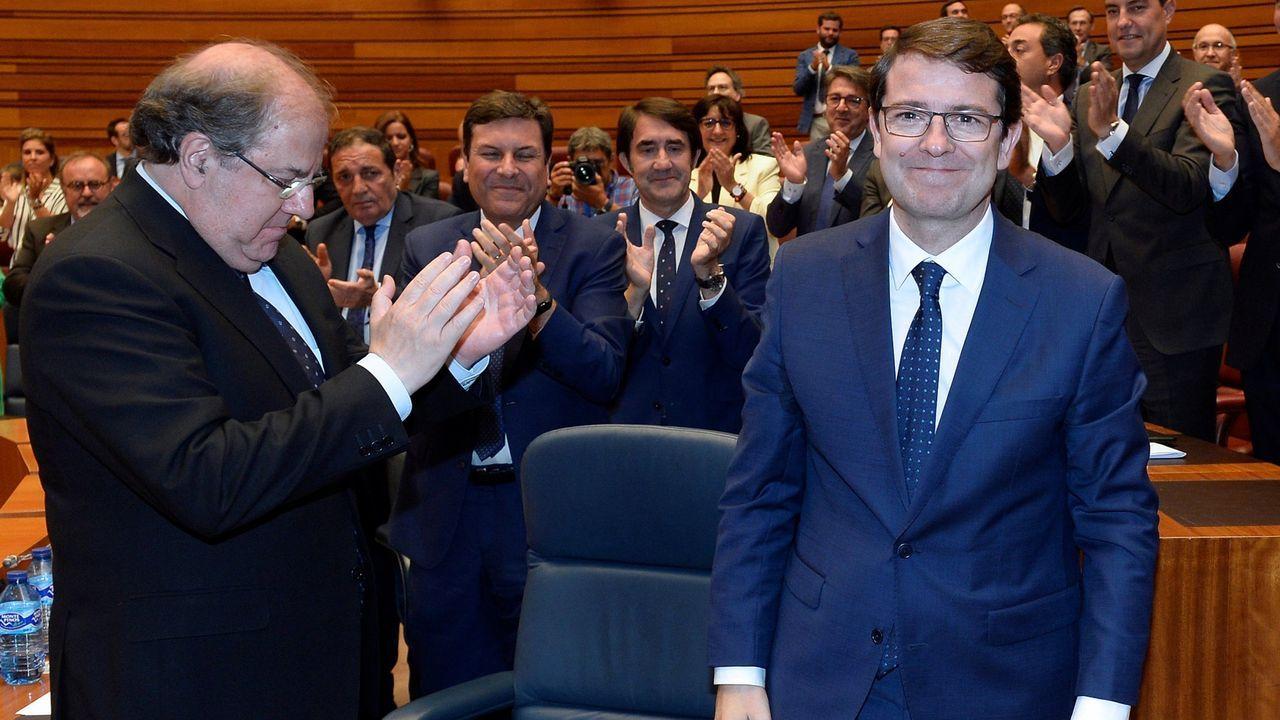 Juan Vicente Herrera aplaude al nuevo presidente