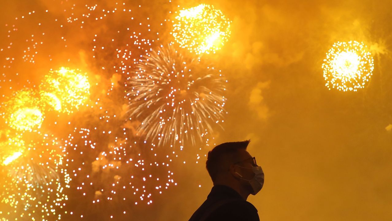 Moscú finalizó las celebraciones del 75 aniversario de la capitulación nazi con un espectáculo de fuegos artificiales