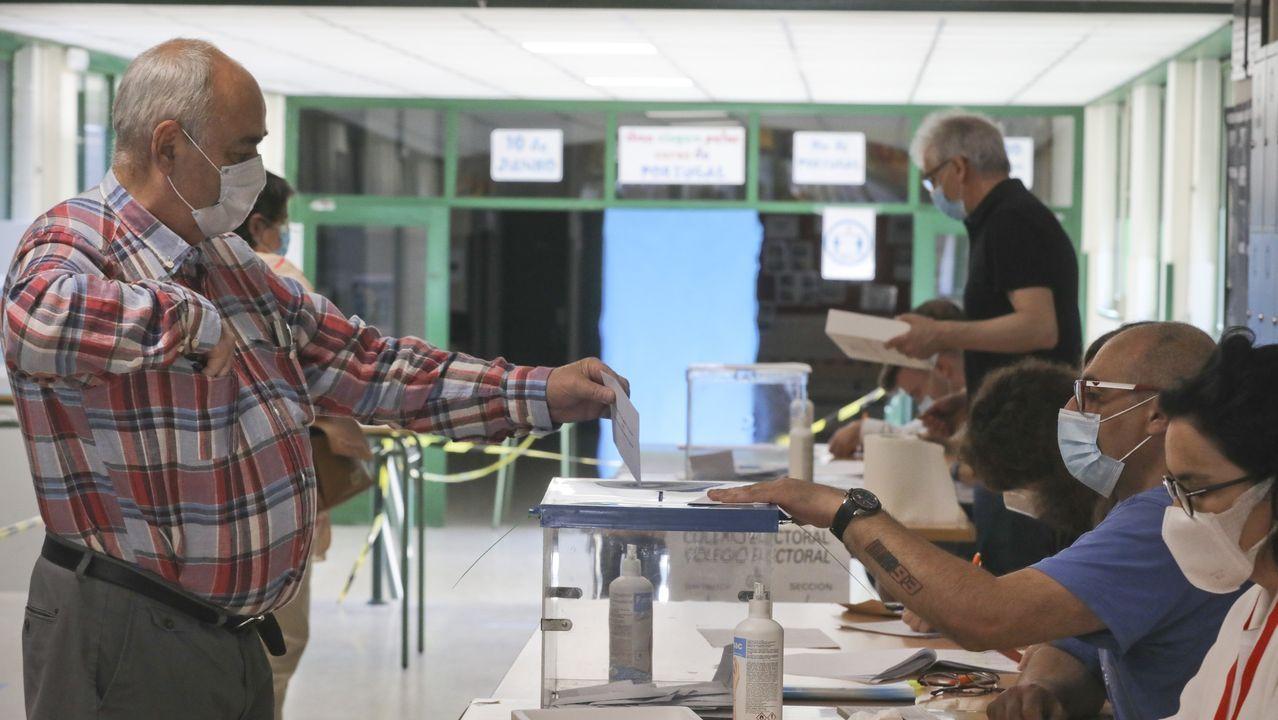 Votación en el IES Xelmírez I de Santiago