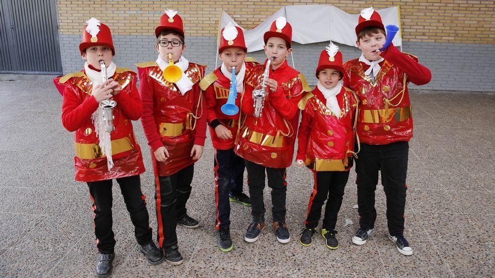 Desfile de entroido en Celanova.Desfile infantil en Xinzo de Limia