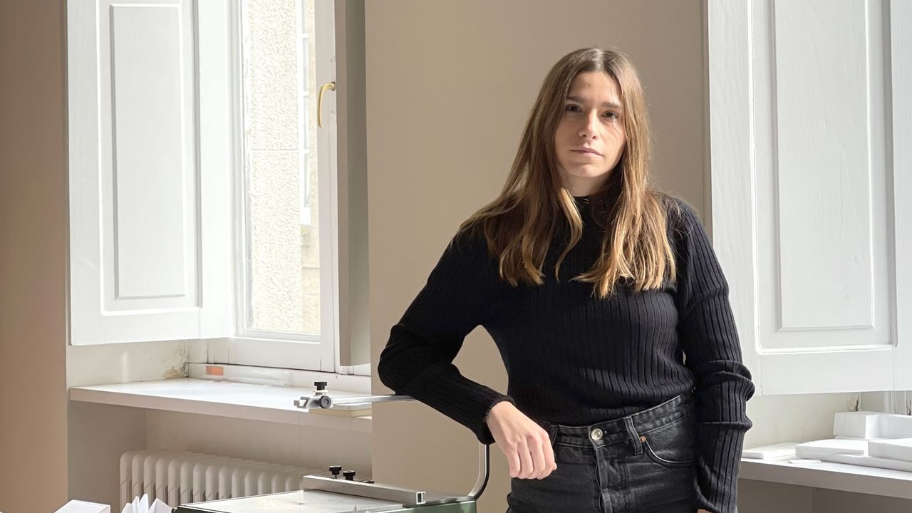 Marina Díaz, enfermera de Ribeira en Barcelona