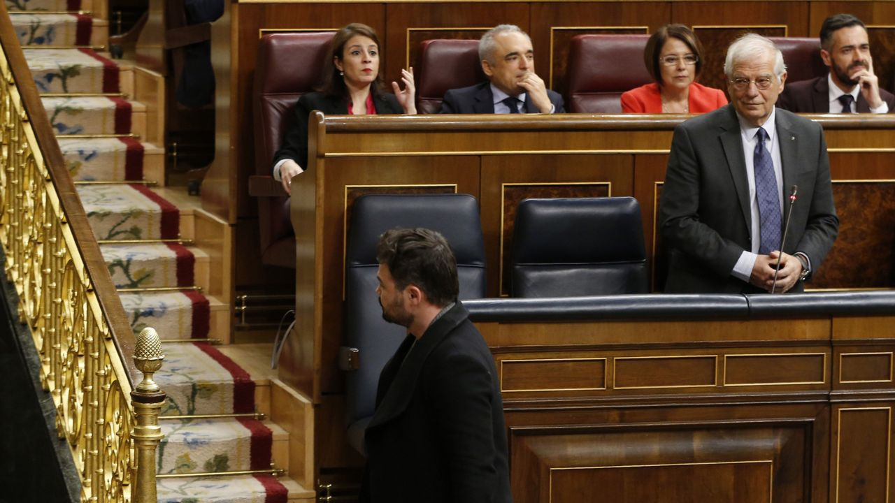 «Hay que asumir que puede haber elecciones muy pronto».El Congreso rindió homenaje a las víctimas de los naufragios en Galicia y reconoció el «trabajo duro y sacrificado que realizan cada día las mujeres y hombres del mar»