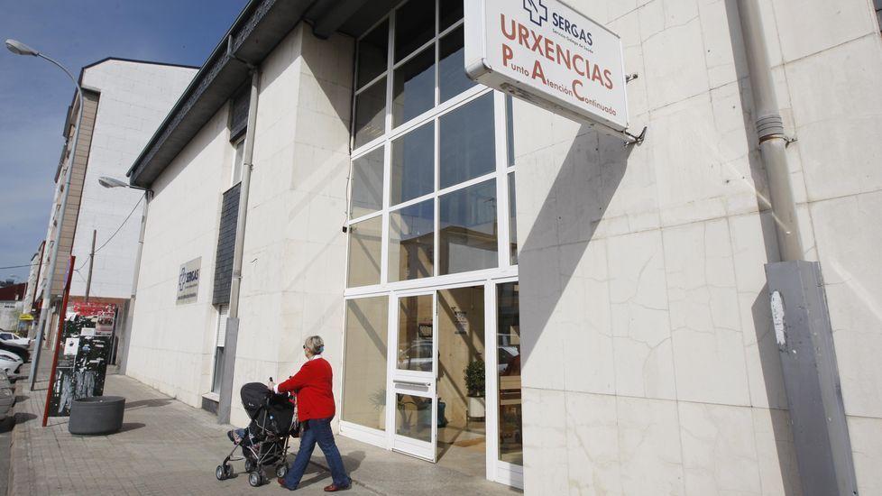 Votaciones, el pasado domingo, en un colegio electoral del sur lucense