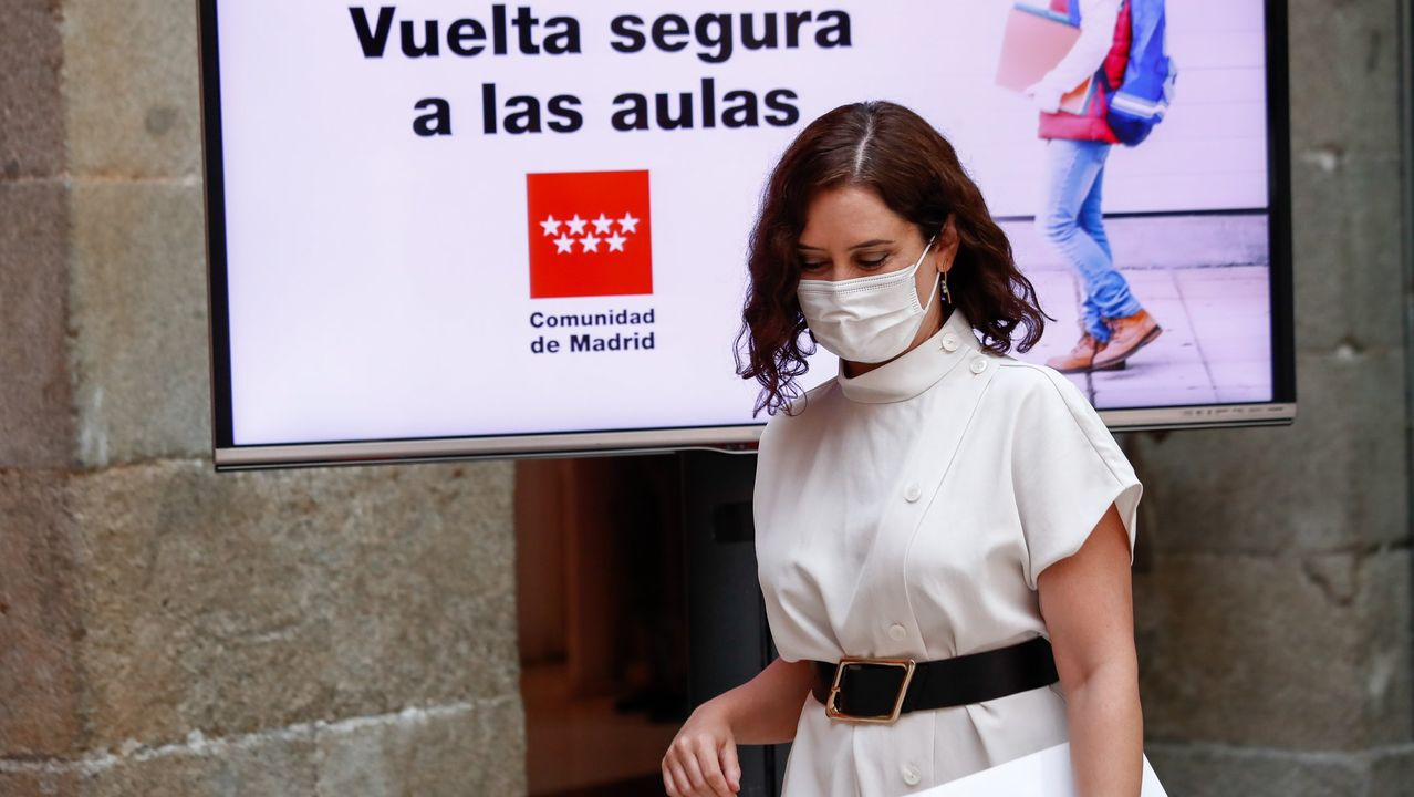 La presidenta madrileña, Isabel Díaz Ayuso, presentando el martes la estrategia de vuelta a clase
