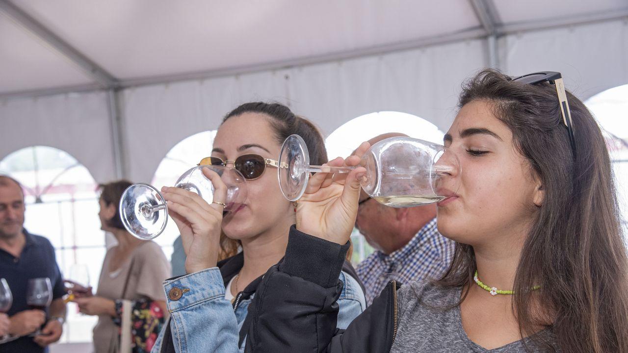 La cata de Amandi confirma su éxito en la celebración de la tercera edición del Túnel do Viño