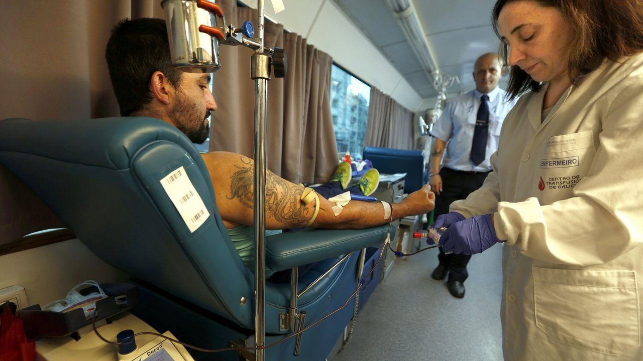 José Luis Pascual, presidente nacional de Acaip, donando sangre