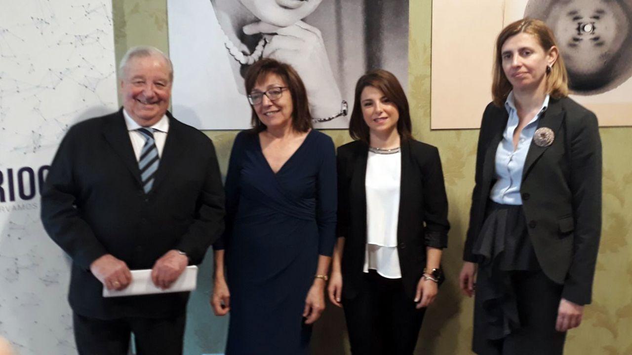 El periodista Ramón Sánchez-Ocaña; la directora científica del Biobanco del Principado de Asturias, Aurora Astudillo; la directora de Criogene, Tania F. Navarro y la directora del IDEPA, Eva Pando