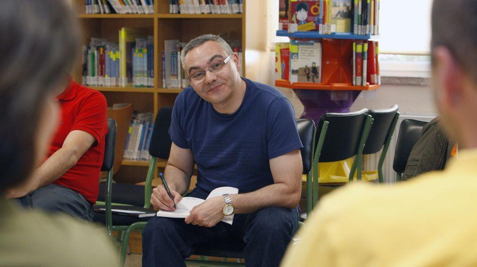 El escritor de O Courel, en una charla en Monforte