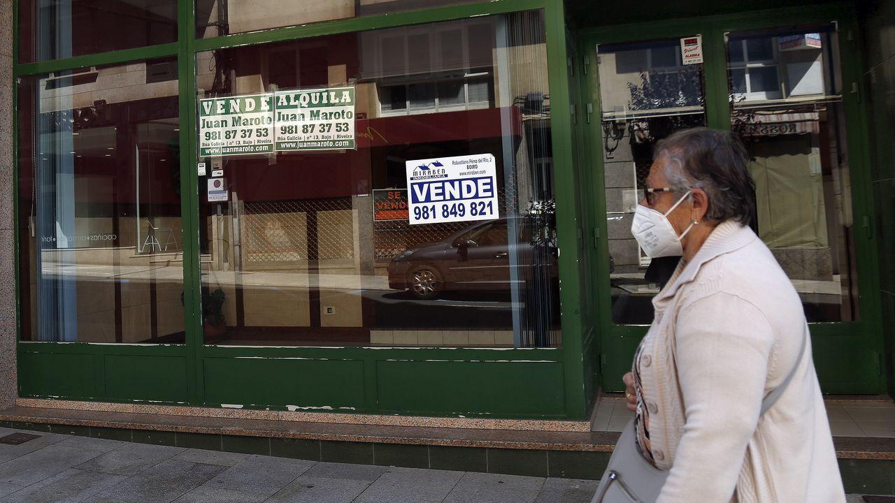 Las mejores imágenes del Memorial Manolo Dieste, carrera que recorrió las calles de Ribeira.Los dos equipos pobrenses (en la imagen) y uno de Ribeira competirán hoy en la final gallega de la First Lego League