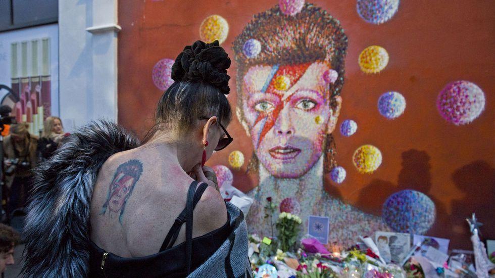 La vida de David Bowie en imágenes