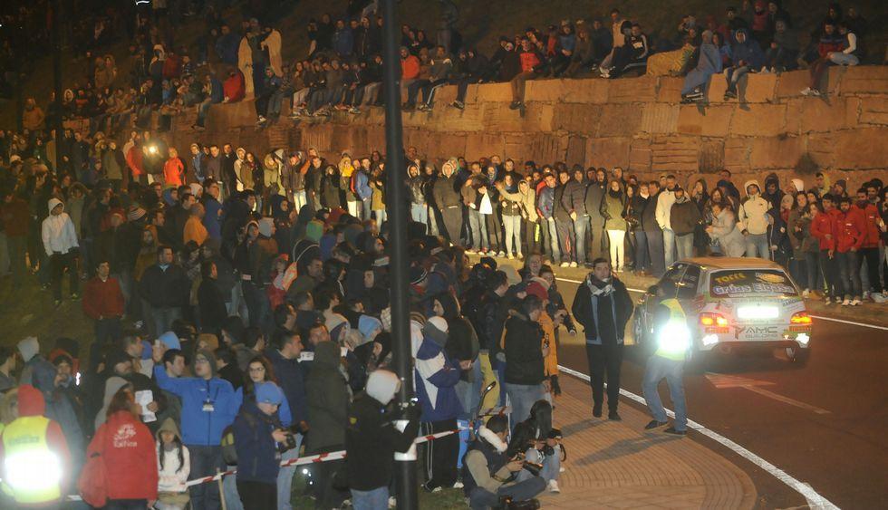 Numeroso público se congregó pese a las gélidas temperaturas en el Agro de Lalín de Arriba.