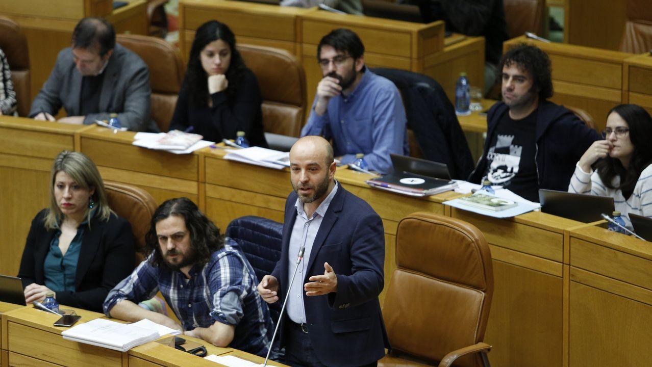 Antón Sánchez: «Apostamos forte por En Marea e ninguén vai darnos leccións».Los propietarios de las viviendas están satisfechos con la sentencia, pero quieren saber cuándo cobrarán
