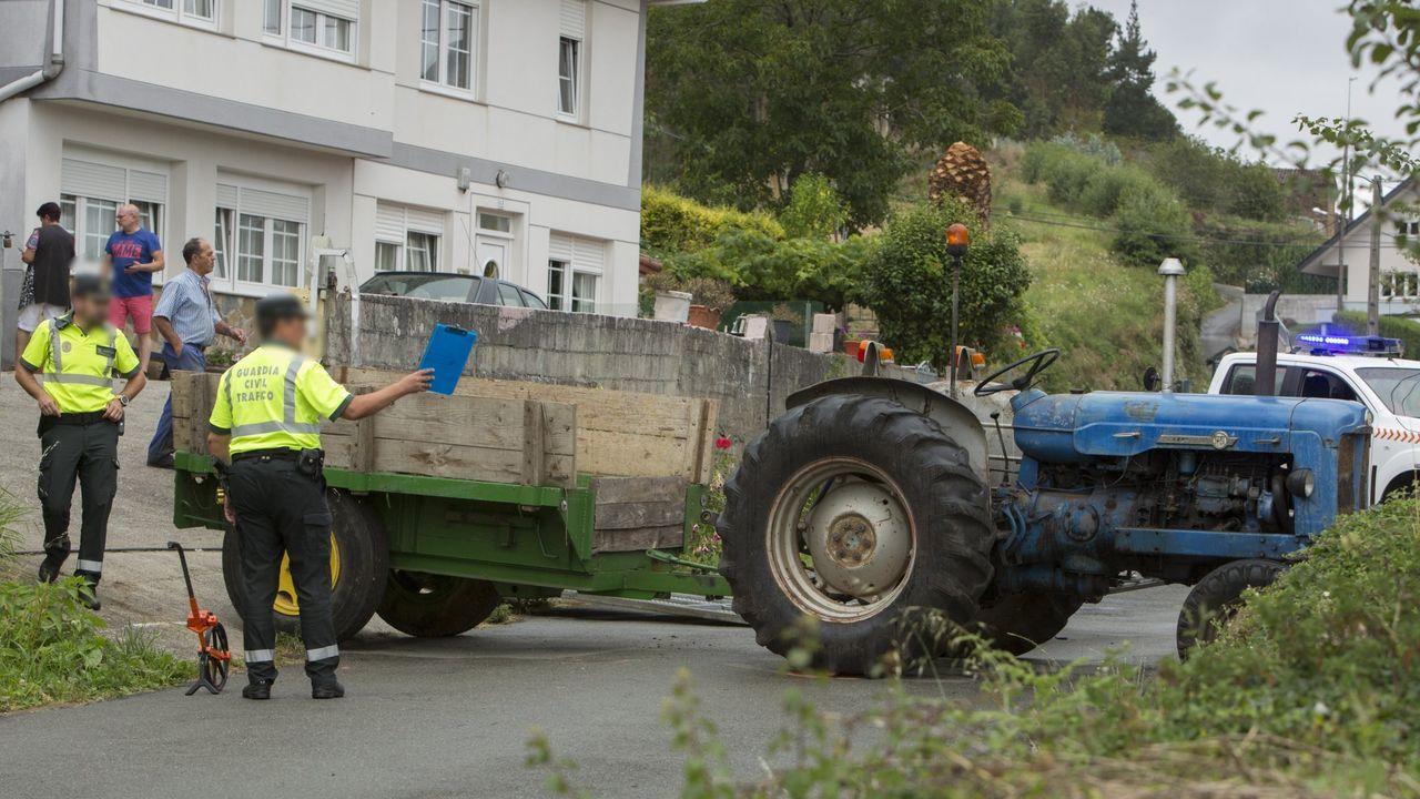 El derbi Corme-Ponteceso, en imágenes.Fernando Agrasar, en Xantar