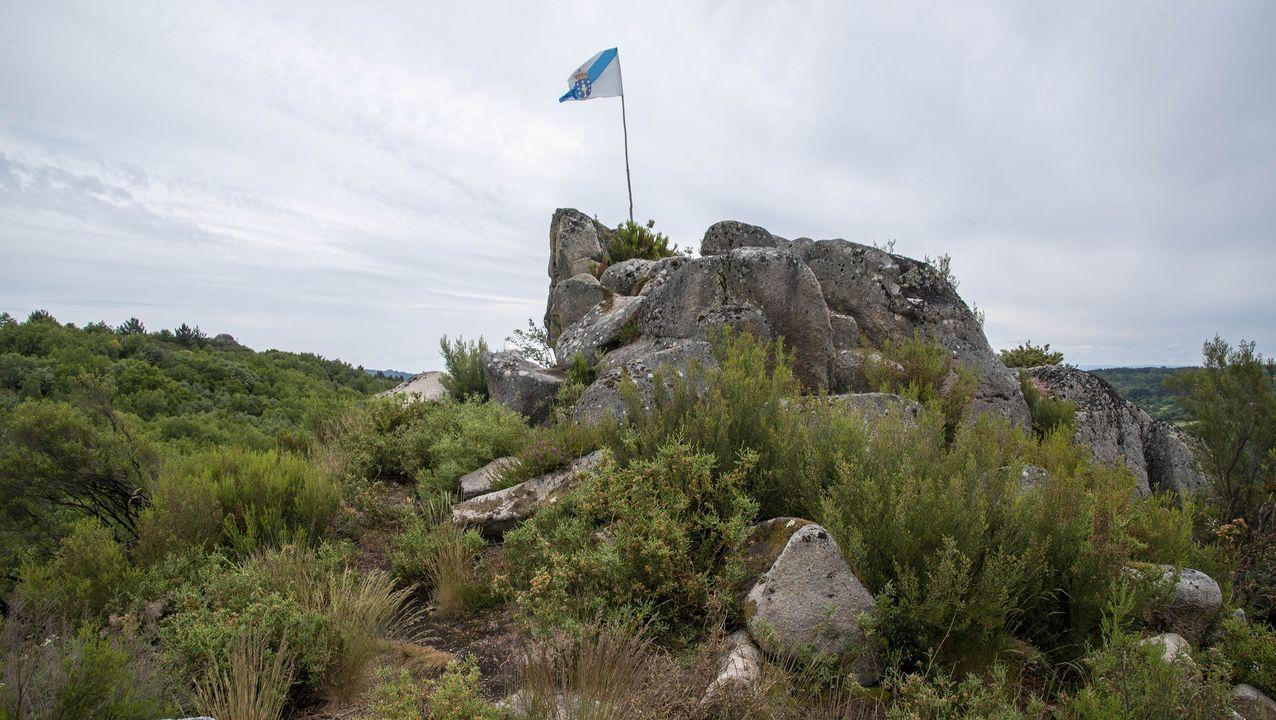 El peñasco que forma el mirador de A Campaza se halla en una zona antaño dedicada a praderías y sembrados