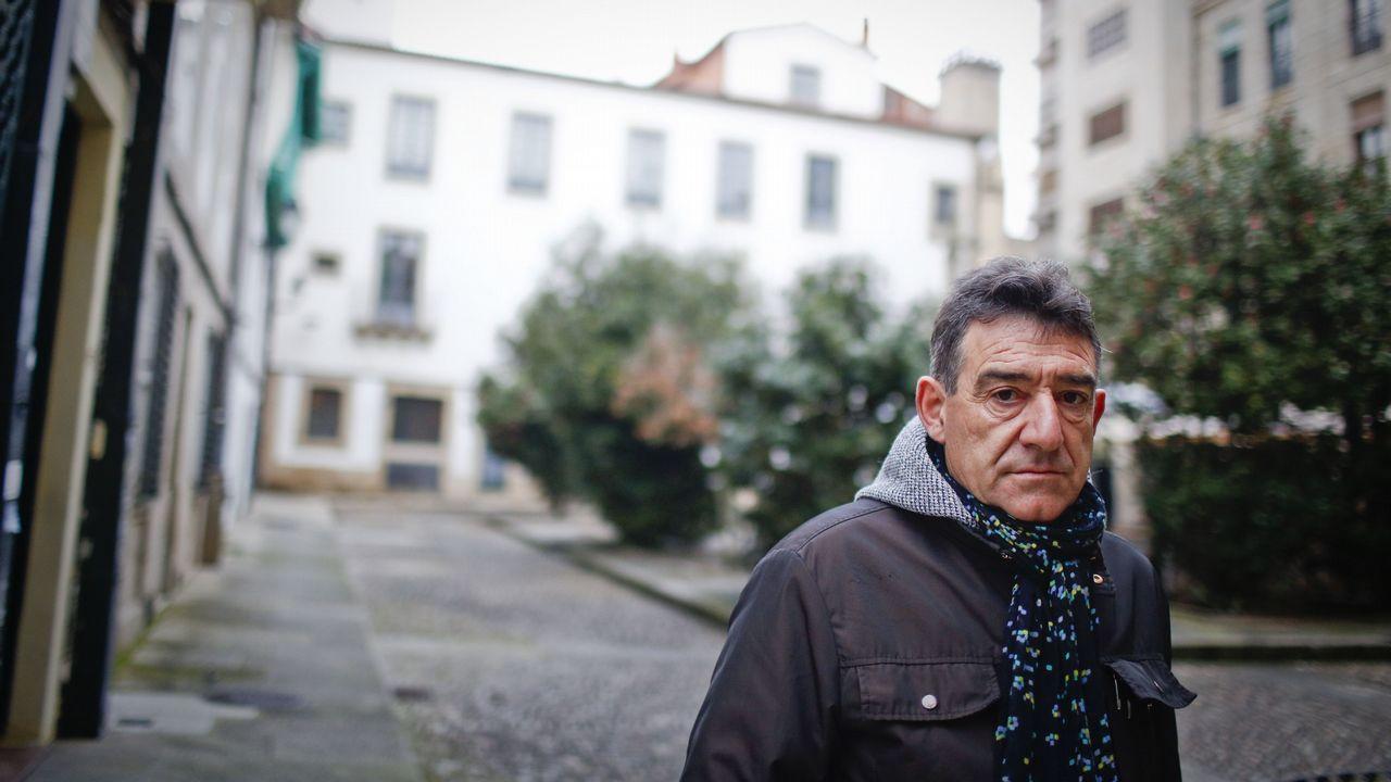 Miles de personas se manifiestan en Vigo contra los recortes en sanidad por segunda vez en un mes.Mejor Espectáculo: ???Helladia o los cuerpos de Atalanta?, de Zig Zag Danza.?