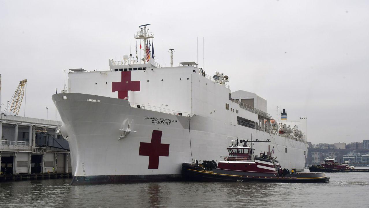 La llegada del USNS Comfort a la Gran Manzana fue calificada por el alcalde Bill de Blasio como «un rayo de esperanza»