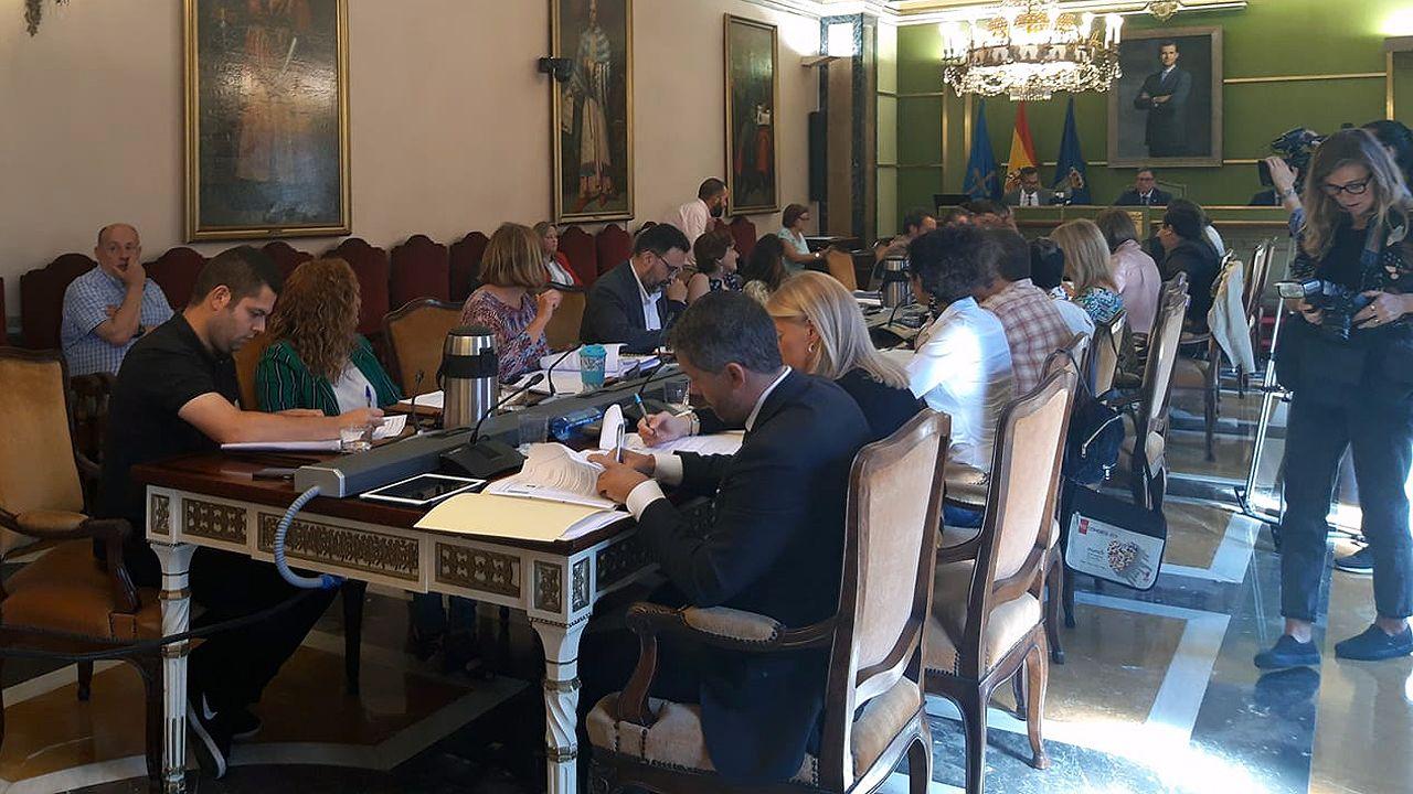 escuelas de infantil, centros de 0 a 3 años,.Alfredo Canteli preside el pleno del Ayuntamiento de Oviedo