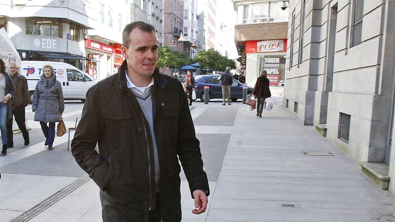En directo: Protesta en Barcelona para pedir la puesta en libertad del rapero Pablo Hasel.Pérez Lago, en el 2016 en Pontevedra.