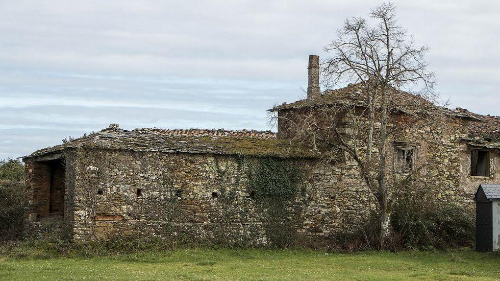 Ruinas de la antigua casa rectoral de San Cosmede