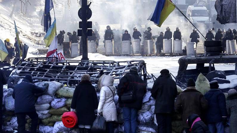 La ceremonia de Sochi, en fotos.Protestas ayer en el centro de Kiev.