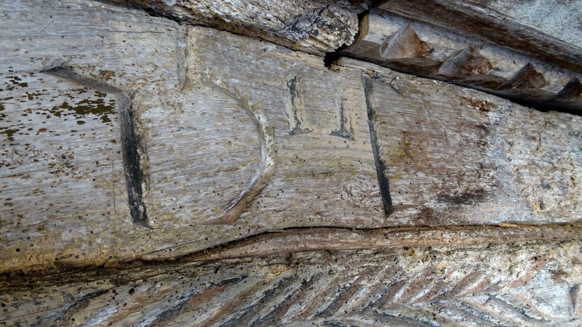 Este horro tiene la fecha de su construcción, con los números de la época, grabada en el liño: 1507