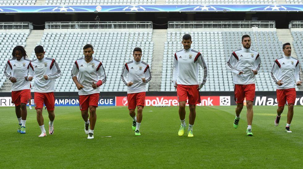 Neuer: «Los delanteros del Benfica son peligrosos».Aduriz, entre Thiago y Cesc
