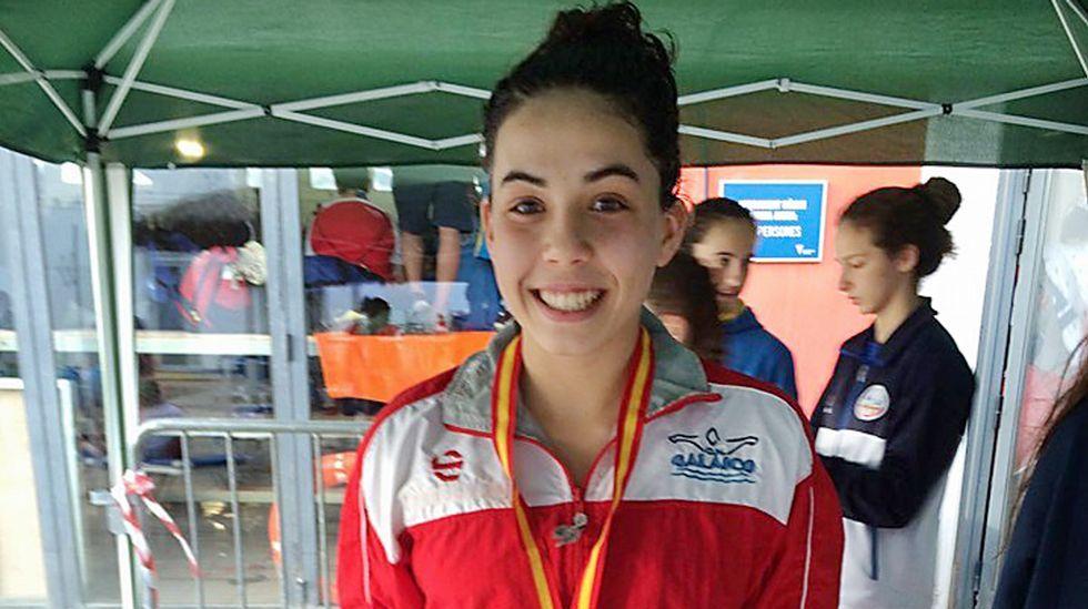 La natación gallega se moja por Navidad.Águeda Cons es favorita tras lograr dos medallas en el nacional