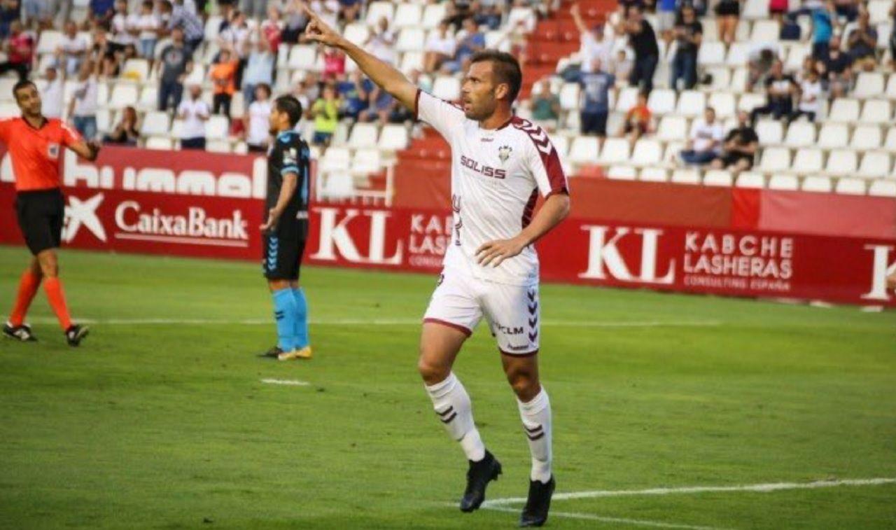 Gol Ortuño Albacete Lugo Carlos Belmonte.Alfredo Ortuño celebra un gol ante el Lugo