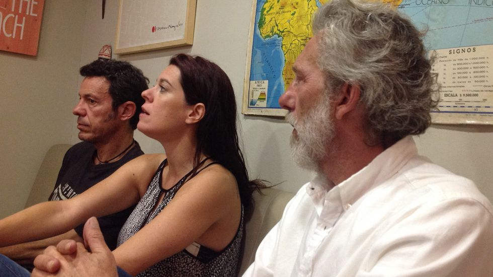 Lara Álvarez lee el pregón de la Semana Grande, en el balcón del Ayuntamiento de Gijón.Javier Espinosa, Mónica G. Prieto y Javier Bauluz