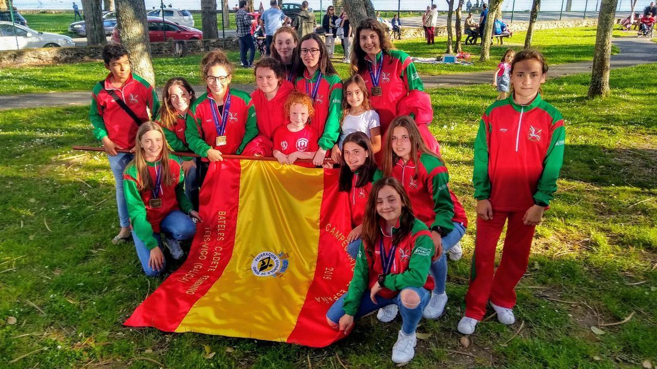 I Bandeira de traineriñas  Festa do Albariño  de Cambados